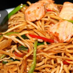 Chow Mein With Salmon